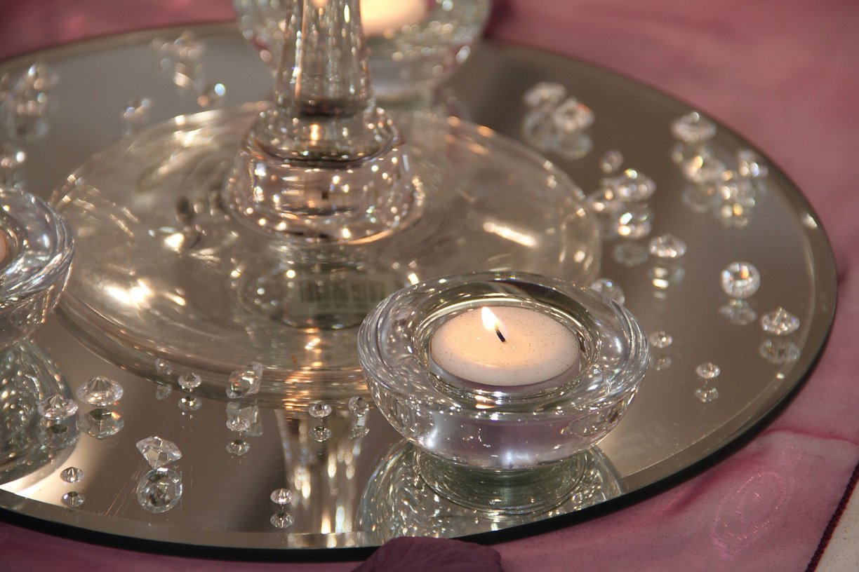 """12"""" Round £2.50 each. 14"""" from £3.50 each or look at our Wedding Packages to save money!"""